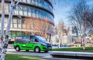 Ford: Πως θέλει να φορτίζονται τα ηλεκτρικά βαν της στο μέλλον