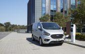 Νέα έρευνα της Ford αποκαλύπτει ότι τα υβριδικά van αποτελούν μία βιώσιμη λύση
