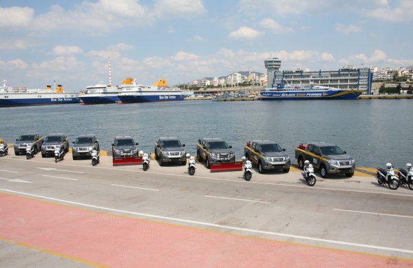 O Δήμος Πειραιά ενισχύει τις υπηρεσίες του με Nissan NAVARA